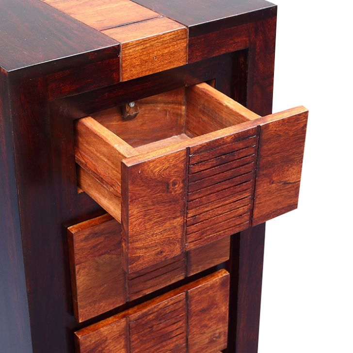Magnum Chest Of Five Drawers Honey