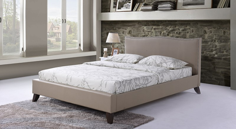 AUGUSTA UPHOLSTERED BED QUEEN SIZE